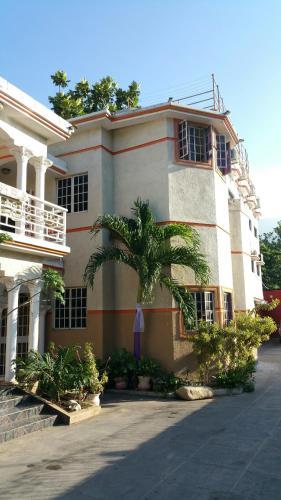 Mondesir Hotel, Port-au-Prince