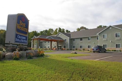 Best Western Crandon Inn Suites