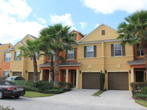 More about 3 Bed Townhome in Reunion Resort