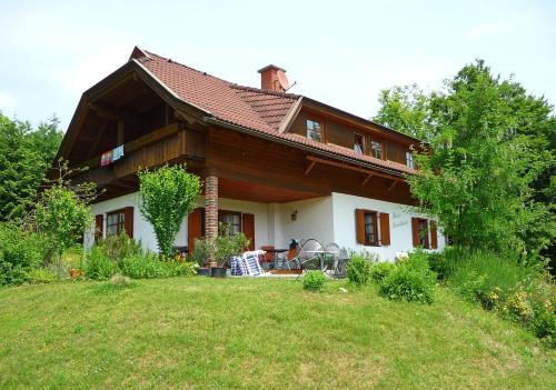 Haus Christiane - Apartment mit 2 Schlafzimmern und Terrasse