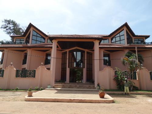 Cape Residence, Bakau