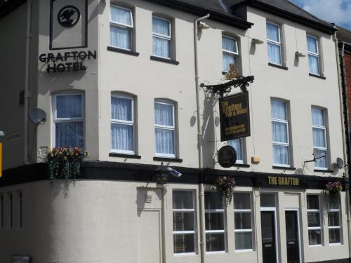 Photo of The Grafton Hotel Hotel Bed and Breakfast Accommodation in Bedford Bedfordshire