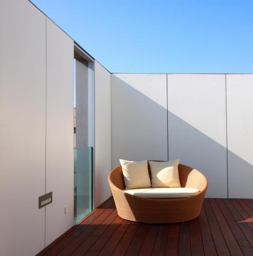Suite con terraza Alenti Sitges Hotel & Restaurant 3