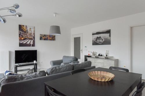 Welkeys - Alain de Lille Apartment