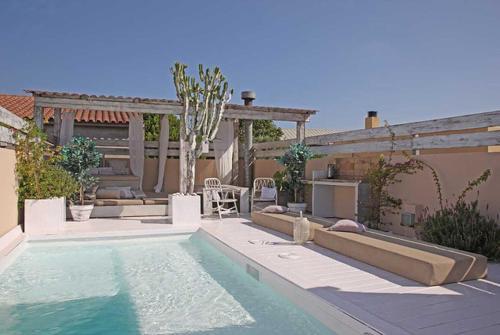 Can Tunis Villa Sleeps 11 Pool Air Con WiFi