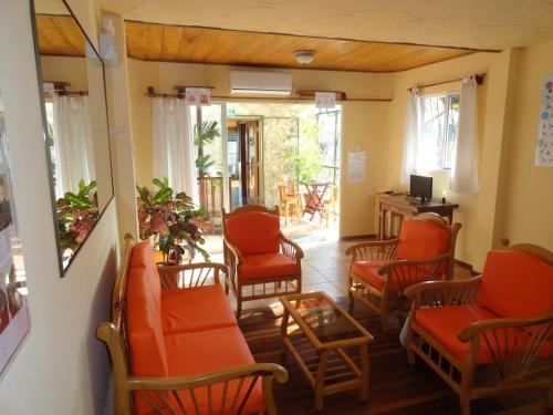 Swiss Lodge Home, City Centre Salinas, Salinas