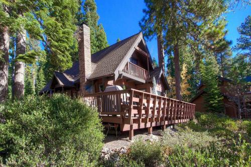 More about 4 Bedrooms Home in Tahoe Vista Cabin