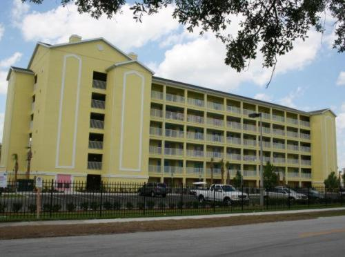 Photo of Barefootn Resort Hotel Bed and Breakfast Accommodation in Celebration Florida