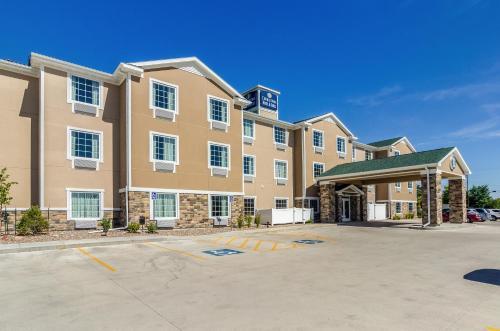 Cobblestone Hotel and Suites - Gering-Scottsbluff