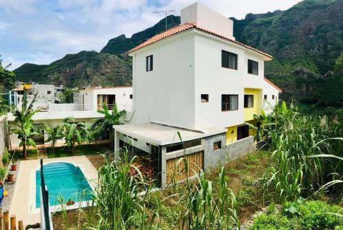 Residencial Lela d'Fermina, Pombas