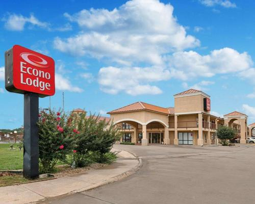 Econo Lodge Hillsboro I-35
