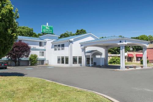 Quality Inn & Suites Danbury