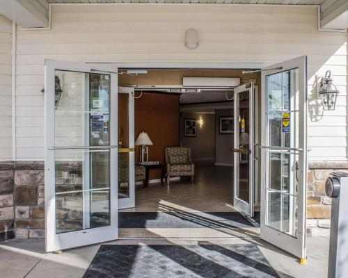 MainStay Suites Coralville