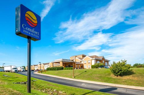 Comfort Inn and Suites North East