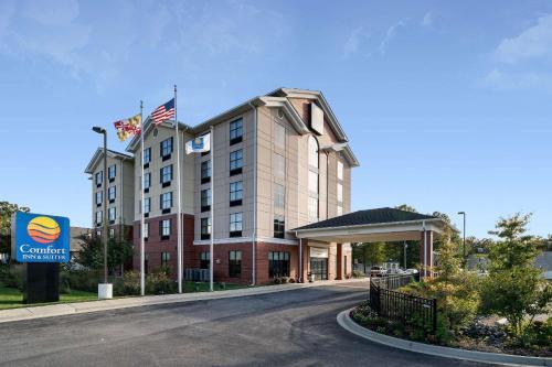 Comfort Inn & Suites Lexington Park