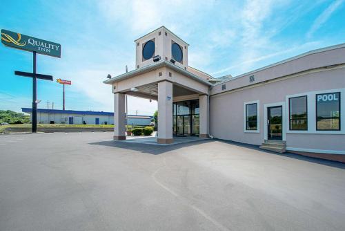 Quality Inn Near Six Flags St. Louis