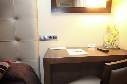 Habitación Individual - No reembolsable Hotel Torre de Núñez 3