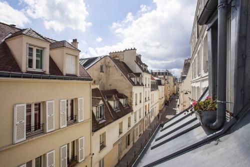 Léa, Paryż