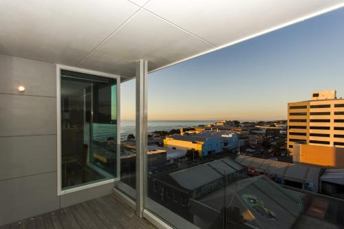 MAJESTIC MOUNTAIN VIEW - PENTHOUSE, New Plymouth