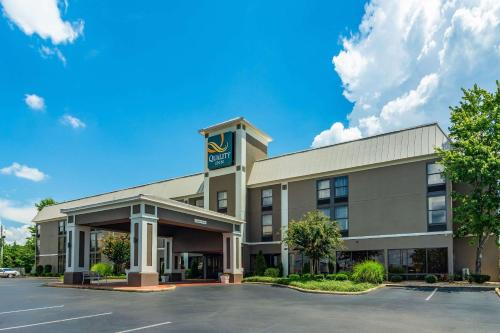 Quality Inn Valley - West Point