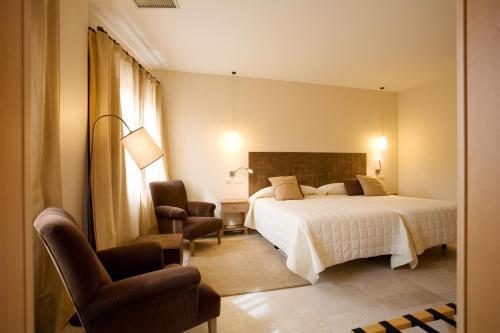 8 Hoteles Con Encanto En Castilla Y Leon Piscina Cubierta Selecta