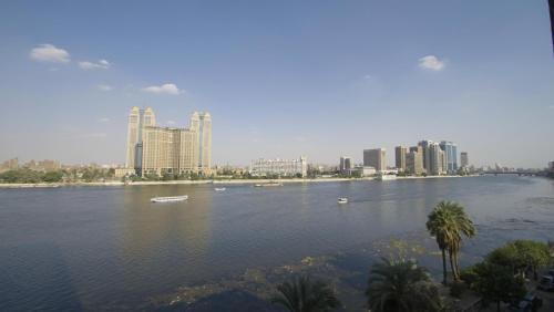 Premium Apartment in Heart Zamalek Nile View