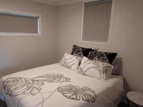 Guest house on Plummers Point, Tauranga