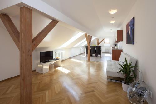 Capital Apartments - Wenceslas square