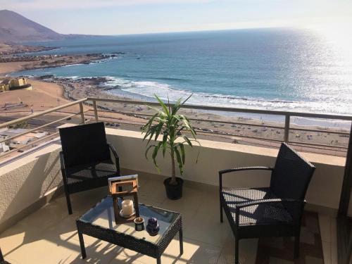 Apartamento vista al mar en Altos de Playa Huayquique, Iquique