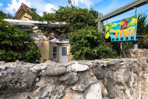 Tiki House, West Bay