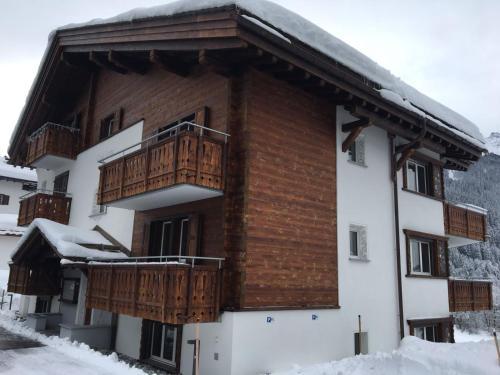 Moderne 2.5-Zimmer-Wohnung in Klosters - Davos
