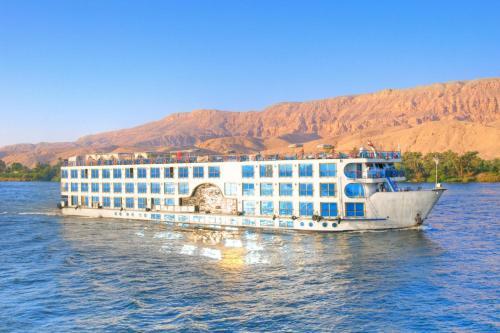 love cheap trips, Luxor
