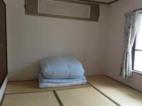 Habitació Triple Estil Japonès amb Bany Compartit (Japanese-Style Triple Room with Shared Bathroom)