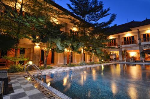 Picture of Taman Rosani Hotel & Villa