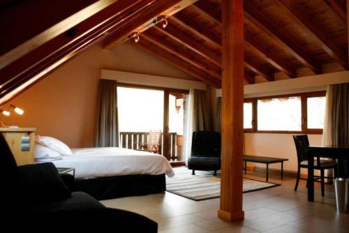 Suite Hotel Rural Las Rozuelas 1