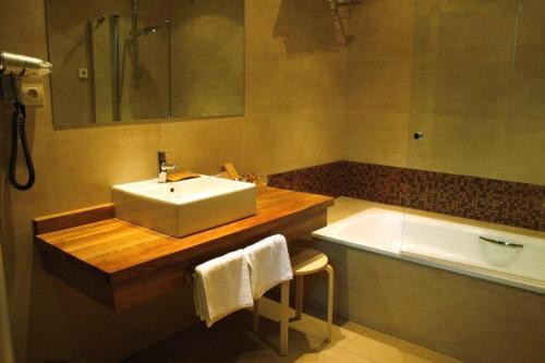 Suite mit Gartenblick Hotel Rural Las Rozuelas 2