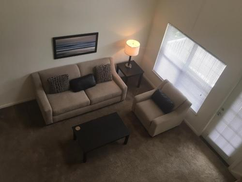 Furnished 2-bedroom Apartment Bedford, MA