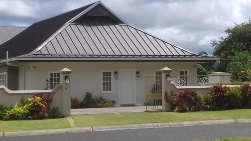 Sunflower Villa, Canaan
