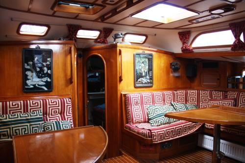 Scheherazade Boat