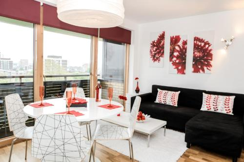 Photo of New London Apartments Self Catering Accommodation in London London