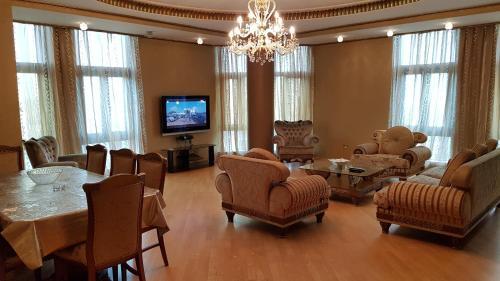 Deluxe City Center Apartment, Baku