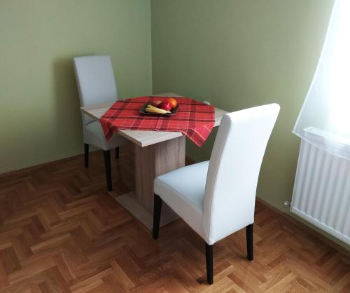 Viola - central studio apartment, Subotica