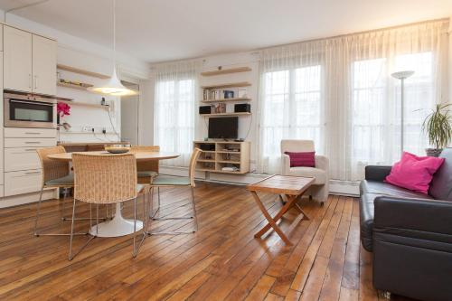 Apart of Paris - Le Marais - Rue de Montmorency - 2 Bedroom - 3