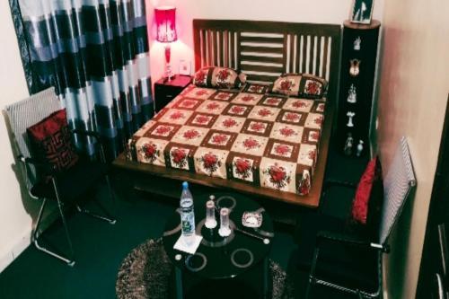 Chambre meublée, Dakar