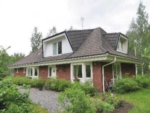 Siuntio Villa Sleeps 10, Sjundeå