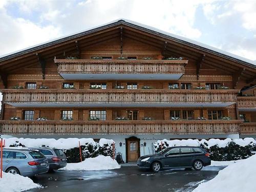 Schonried Apartment Sleeps 6 WiFi, Gstaad