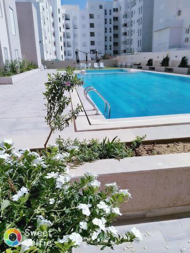 Appart. neuf dans une résidence avec piscine à Hammamet, 纳布勒