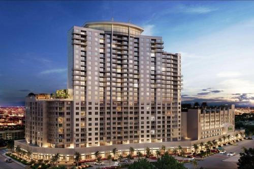 Luxury 2 BR Condos with Balcony