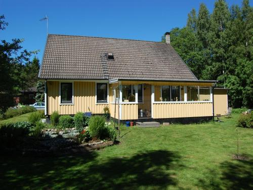 Photo of B & B Sandhem, Solhästen Hotel Bed and Breakfast Accommodation in Sandhem N/A