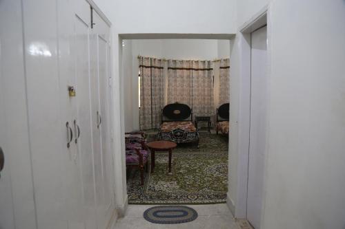 Kai Rest House STDC, Sehwān